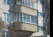 Полукруглый балкон с распашной створкой на полукруге