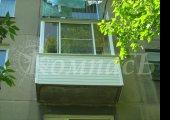 Асимметричное остекление балкона, сайдинг, обшивка евровагонкой