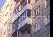 Остекление балкона с наружной отделкой сайдингом